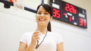 Professeur dans un gymnase sportif