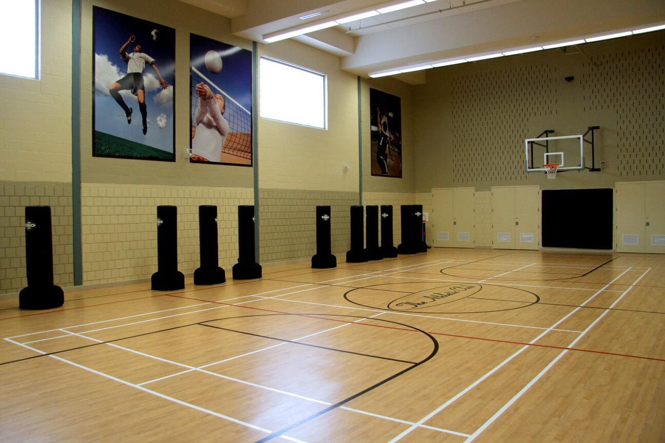 Gymnasium flooring Omnisports 8.3 at Movati Athletic (Kitchener-Waterloo, Ontario)