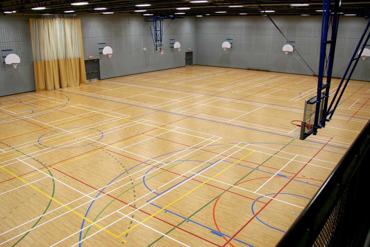 Gymnasium flooring Omnisports 8.3 at Laval College (Laval, Quebec)