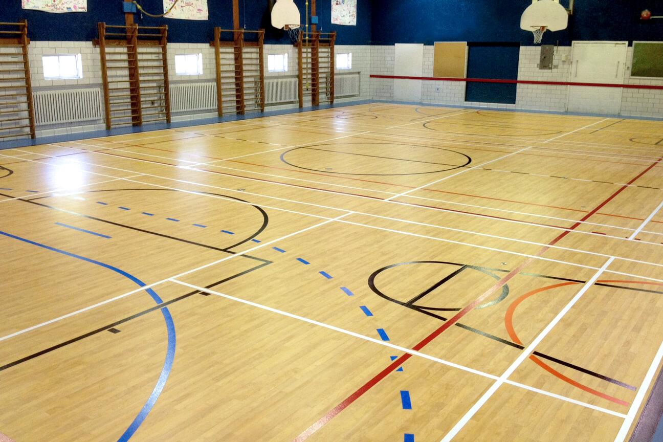 Gymnasium flooring Omnisports 6.5 at De la Rive School (Lavaltrie, Quebec)