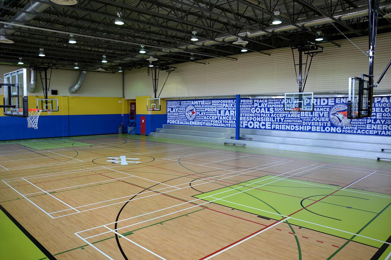 Gymnasium flooring Omnisports 6.5 at the Boys & Girls Club (Lasalle, Quebec)