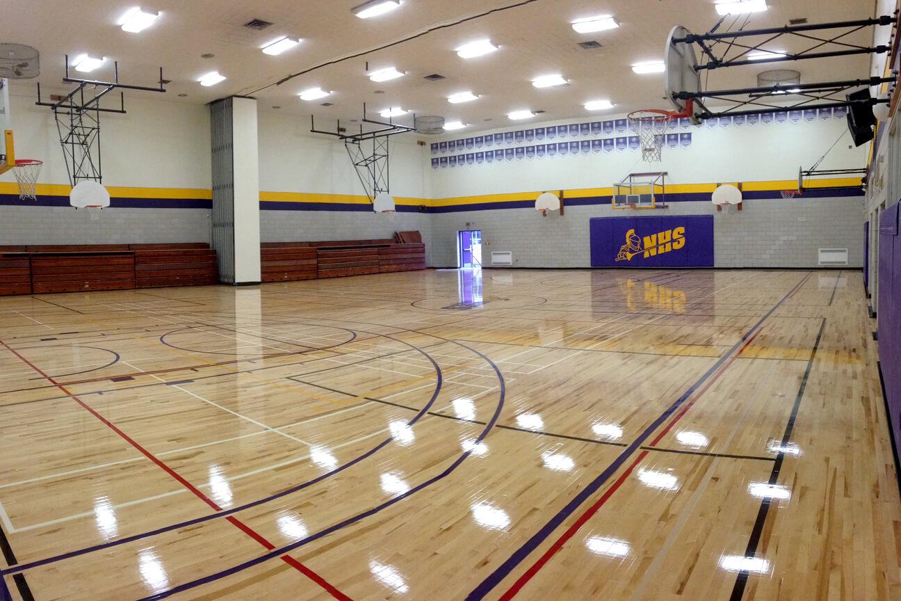 Gymnasium flooring Action hardwood at Napean High School (Ottawa, Ontario)