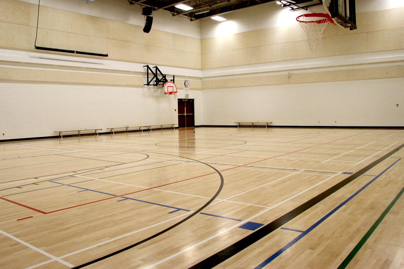 Gymnasium flooring Action hardwood at West Springs School (Calgary, Alberta)