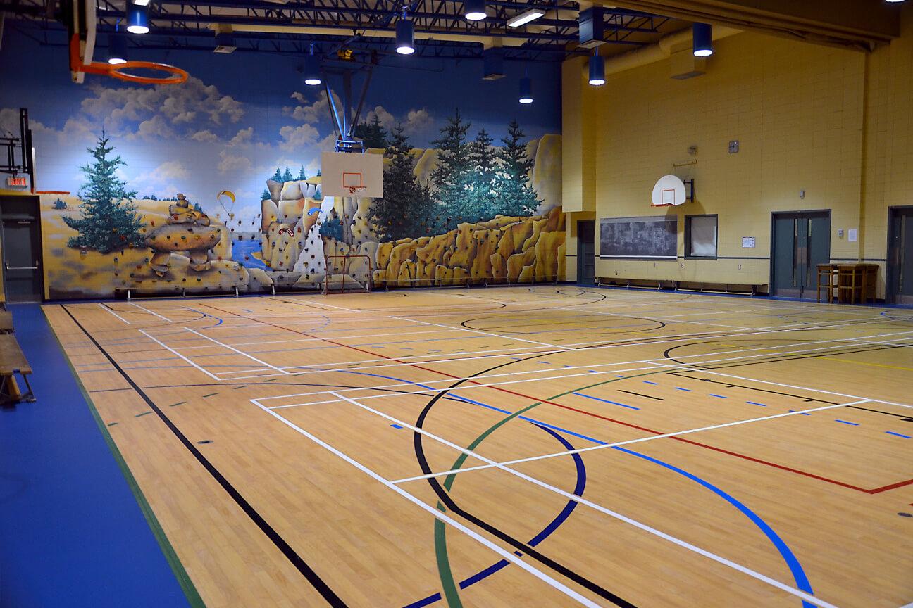 Gymnasium flooring Omnisports 6.5 at Piché-Dufrost School (Saint-Constant, Quebec)