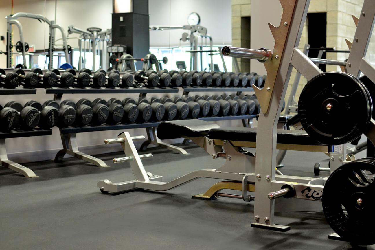 Gym flooring MaxMat rubber at Ô Sommet (Laval, Quebec)