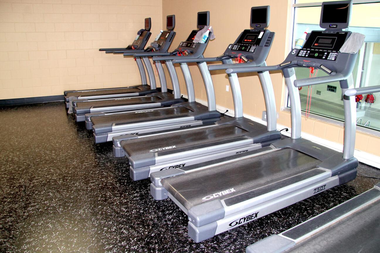 Plancher de gym en caoutchouc Deko au YMCA Flamborough (Waterdown, Ontario)