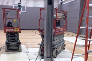 La solution pour protéger votre plancher en vinyle des équipements lourds